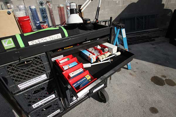 Set Cart with Electric Drawers